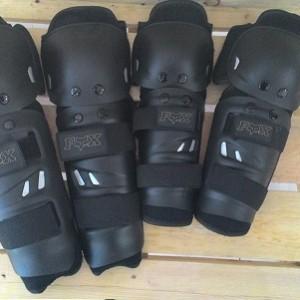 Decker pelindung lutut dan siku standar