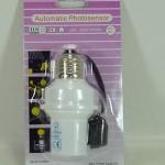Fiting lampu otomatis sensor cahaya