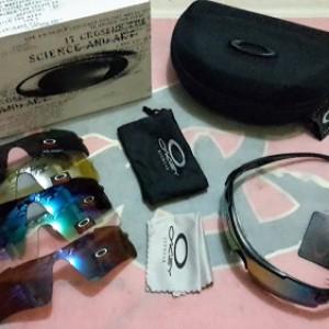 jual Kacamata Oakley Magnum 6 lensa + 1 Frame Tambahan