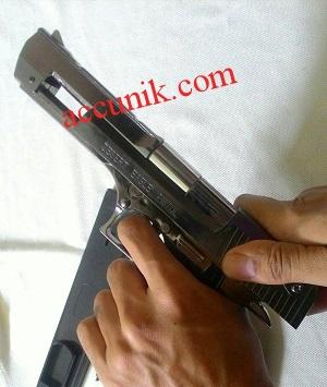Jual korek api pistol desert eagle ukuran Besar ada ...