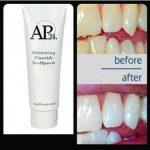 AP24 pasta gigi Original whitening / pemutih RP.85.000 -tube 110 ml AP24 pasta gigi Original adalah pasta gigi dengan rasa vanilla beraroma mint yang segar yang mempunyai banyak fungsi dan manfaat bagi keseatan mulut dan gigi anda. manfaat-manfaat AP24: 1. Mencerahkan dan memutihkan gigi 2. Membantu menghilangkan noda 3. Membantu menghilangkan dan mencegah penumpukan plak 4. Membantu pencegahan gigi berlubang 5. Memberikan rasa lembut, bersih, dan segar yang tahan lama 6. Menyegarkan, dengan aroma vanila mint 7. Aman